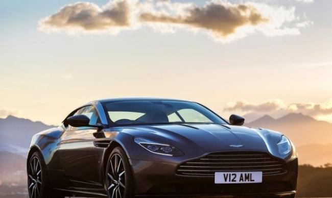 Aston_Martin-DB11_2017