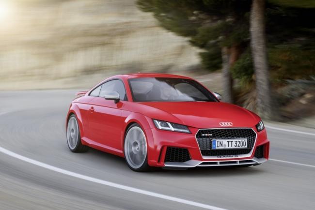 2016-yeni-audi-tt-rs-coupe-ve-roadster-1