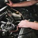 araba-motoru-neden-sarsintili-calisir-veya-tekleme-yapar